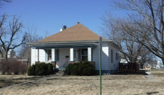 523 Park, Larned, KS