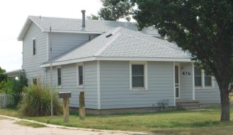 416 Wichita Ave., Larned, KS