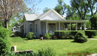 424 West 7th, Larned, KS