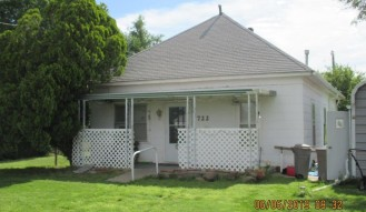 722 Rose Ave (House) & 618 Rose Ave (Lot), Larned