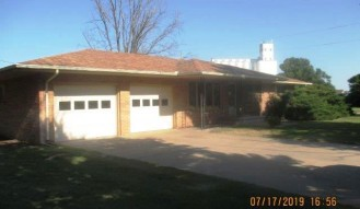 homes for sale Garfield ks 215 Sherman St.