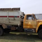 lot #60 - Ford 660 Feed Truck, Harsh 290 Box